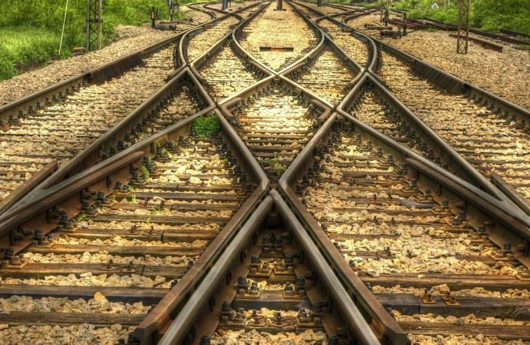Diverging train tracks